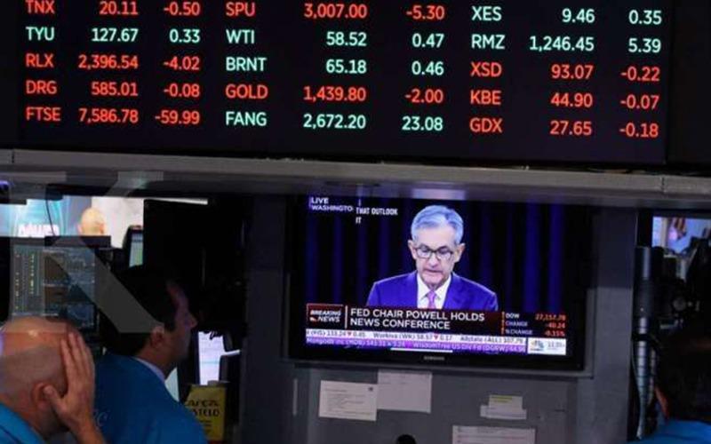 Harga Emas Menunggu Hasil Laporan  Ekonomi Bulan Juni